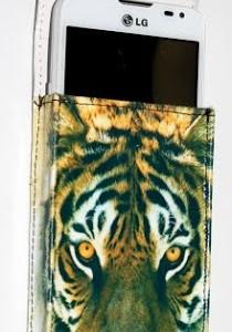 Universalnyj_chehol_tigr_2